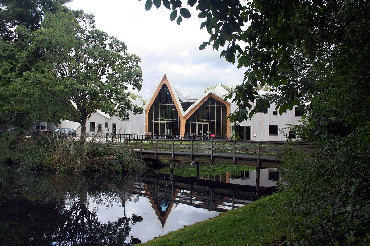 Dorpshuis Zwanenburg-Halfweg