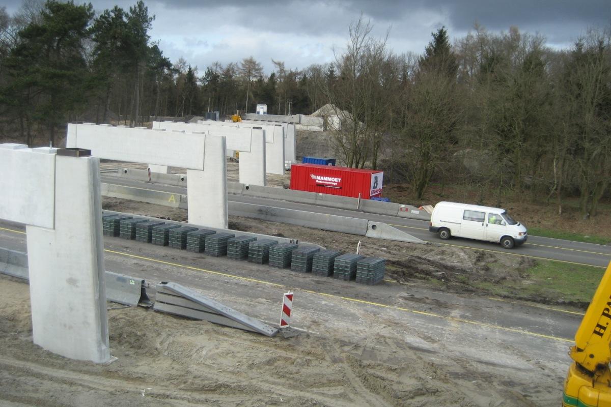 Verkeersbrug Delftlanden