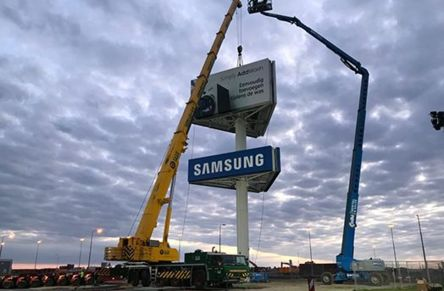Relocation of advertising mast - Pieter's supervising structural engineer