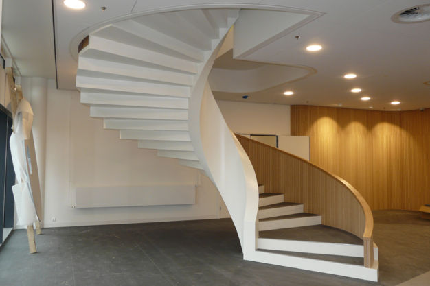 Earthquake Resistant UHPC spiral staircase